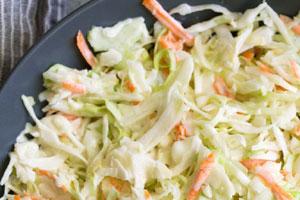 سالاد کلم سفید و هویج